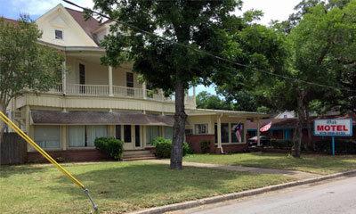 The Oak Motel