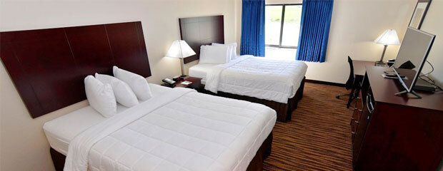 Boulders Inn & Suites Oelwein