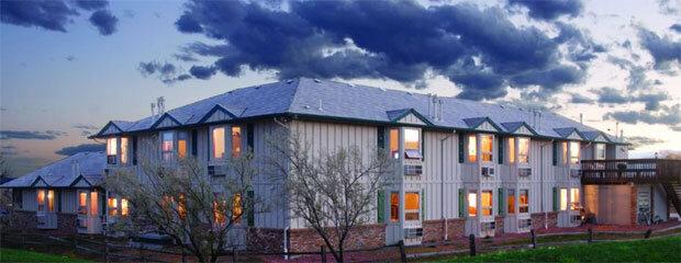 The Hilltop Inn & Suites