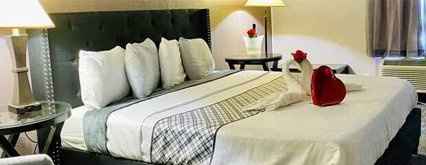 R Nite Star Inn & Suites